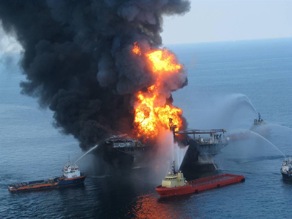 22.04.2010 Мексиканский залив