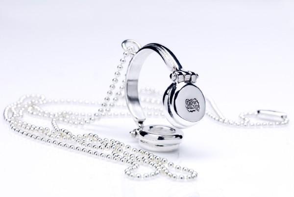 Роскошные ювелирные изделия для DJ