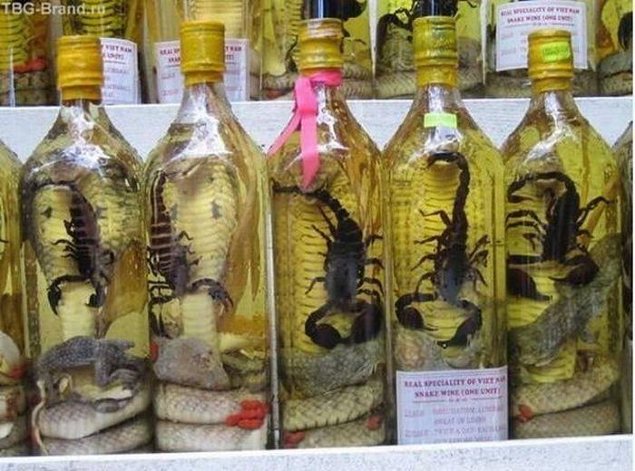 Водка со змеей