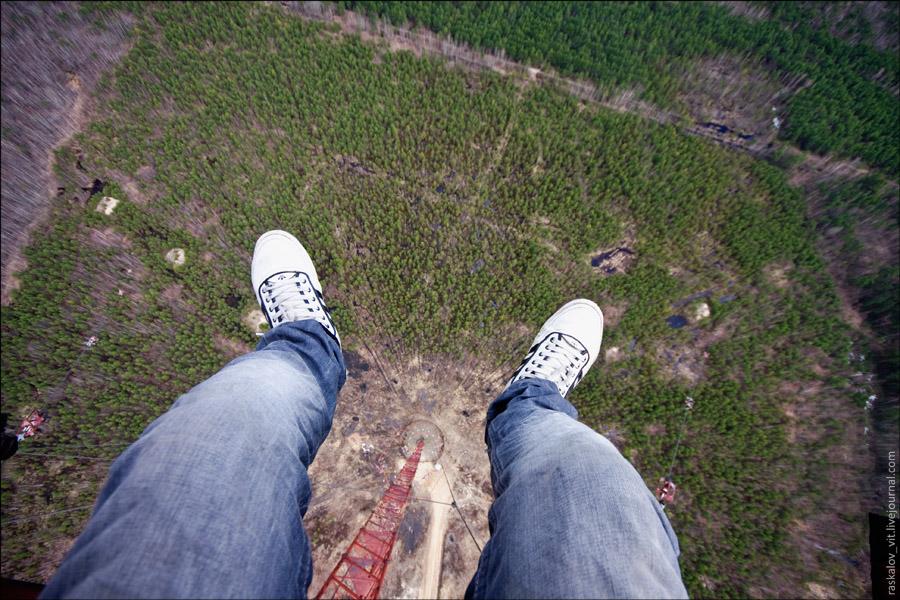 И конечно поболтать ногами на высоте, без этого никак