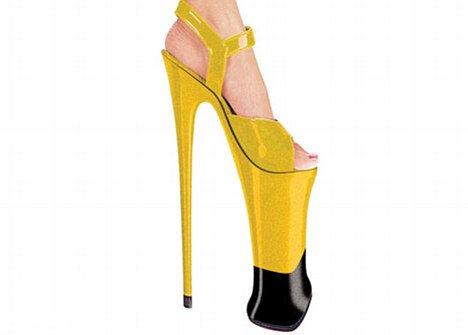 Британские дизайнеры создали туфли на 23-сантиметровом каблуке