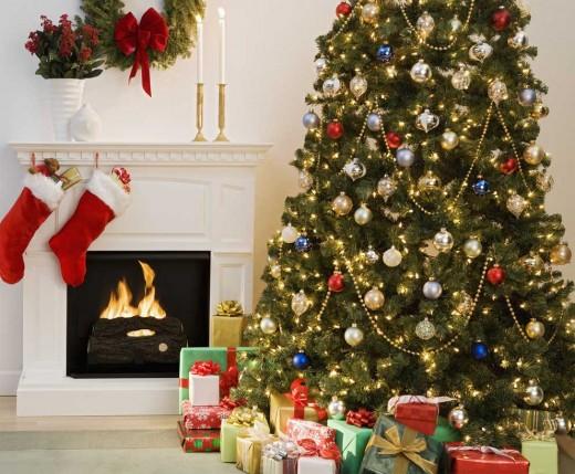 Как правильно поставить новогоднюю ёлку