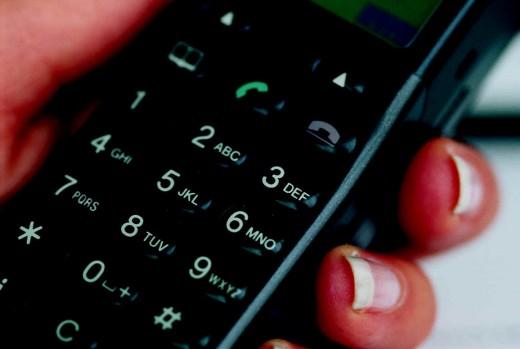 Как уберечься от мобильных мошенников