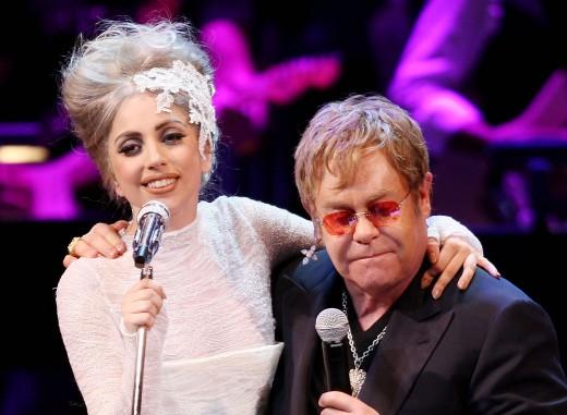 Леди Гага станет крестной матерью сына Элтона Джона