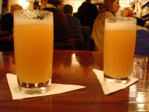 «HARRY'S BAR», напиток «Bellini»
