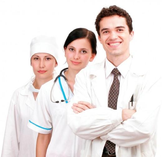 Надо ли давать взятки врачу? ЗА и ПРОТИВ