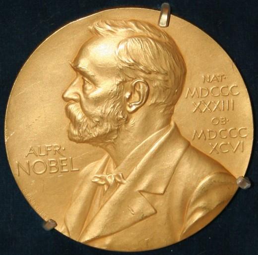 Нобелевскую премию мира присудили троим женщинам из Африки