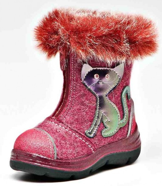 Популярная зимняя детская обувь