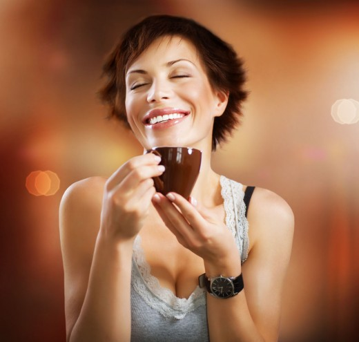 Ученые: чашка кофе делает человека счастливее