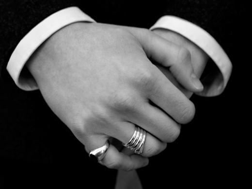 Кольцо в образе мужчины