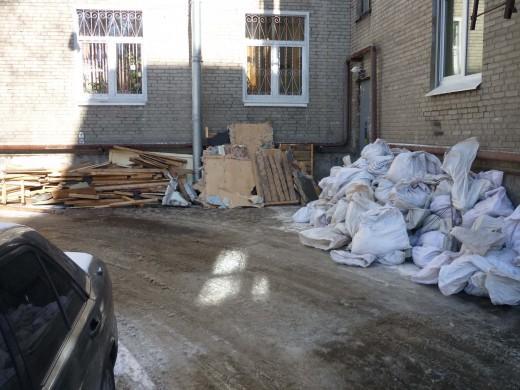 Как организовать вывоз строительного мусора?