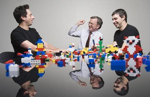 Бизнесмен Эрик Шмидт продает компанию Google