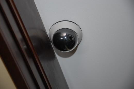 Безопасность квартиры и хозяина