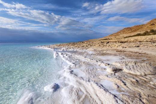 Почему морская вода соленая