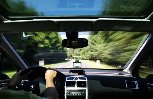 Как влияет музыка в машине на водителя?