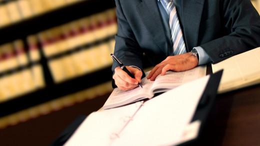 Стоит ли экономить на помощи юриста