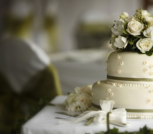 Особенности выбора свадебного торта