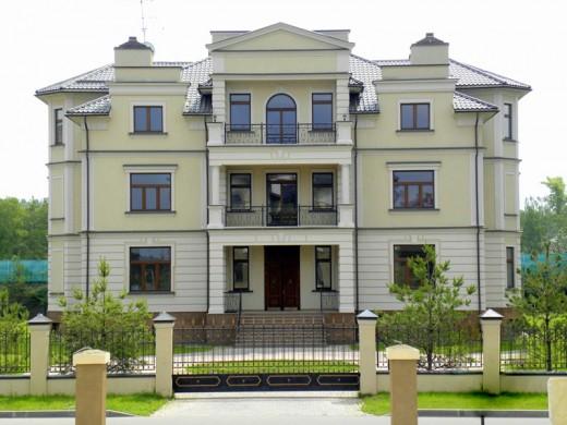 Элитную недвижимость на Рублевке продает агентство «Absolute Realty»