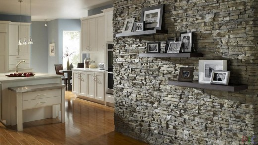 Как декоративный камень может улучшить интерьер?