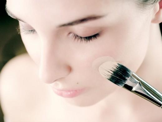 Зачем нужна основа под макияж?