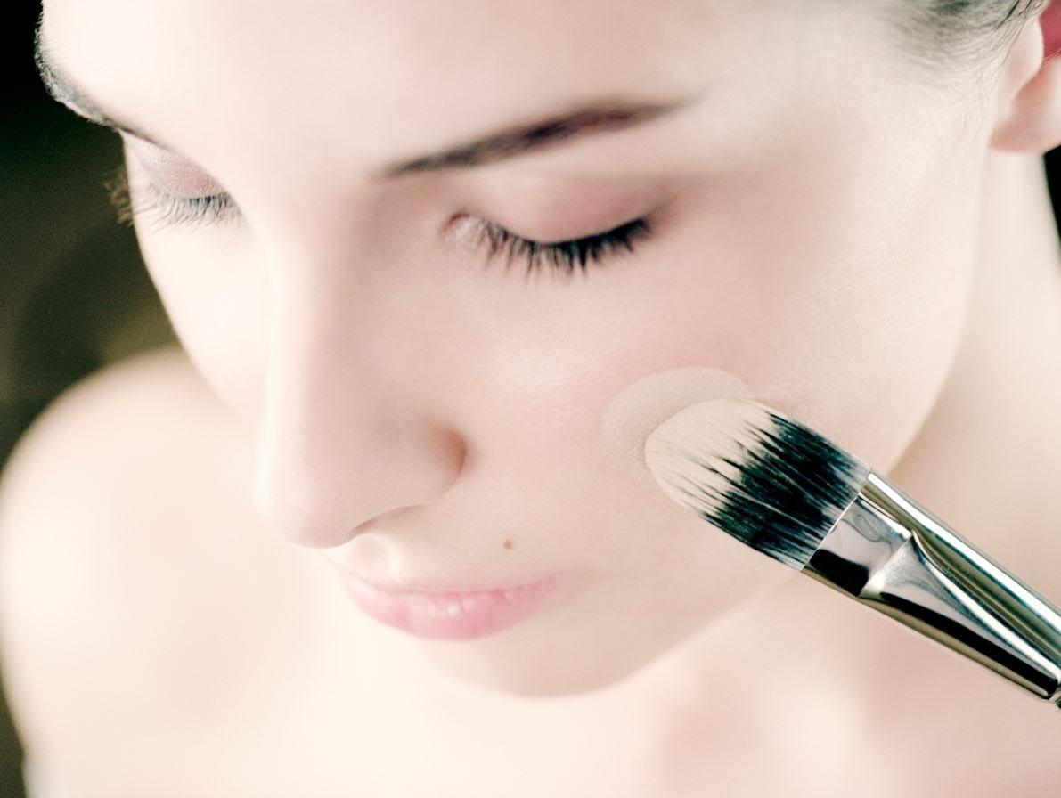 Зачем нужна основа для макияжа