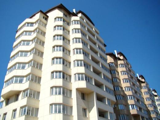 В России вкладываться в недвижимость стали меньше
