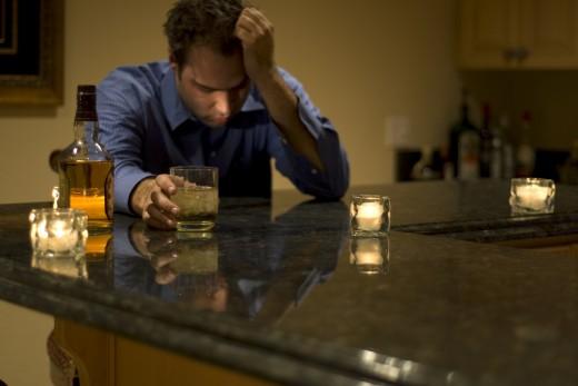 Опасные праздники: что делать, чтобы не спровоцировать запой