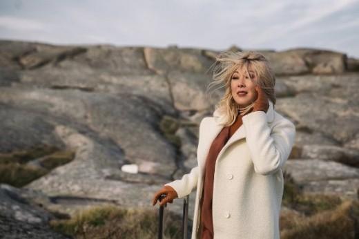 Анита Цой выразила благодарность авторам песни «Сумасшедшее счастье», вышедшей в новой версии