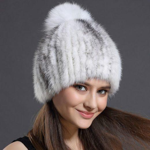 Модные женские меховые шапки