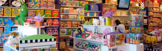 В мир детских игрушек: что подарить ребенку на праздник?