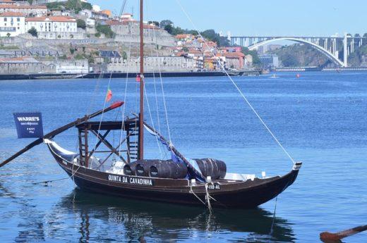 Туроператор «Лузитана Сол»: Беззаботное путешествие в чудесную Португалию из Москвы