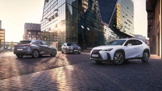 Новый кроссовер Lexus UX