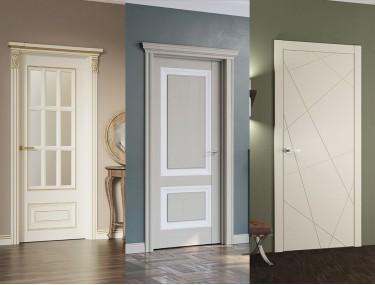 Как скомбинировать темные двери с обоями, полами и плинтусами