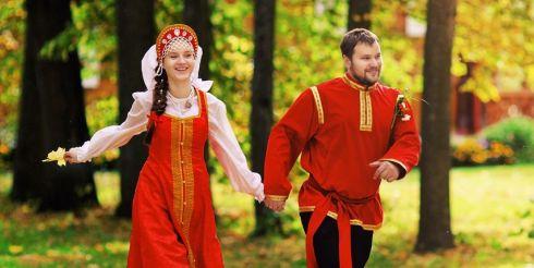 Свадьба по-русски: жених с большим челпаном и чудище-свекровь