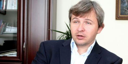 Амелин Анатолий: «Ахметов — опытный инвестор на фондовом рынке»