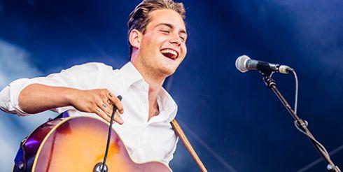 Douwe Bob с песней Slow Down представит Нидерланды на «Евровидение 2016»