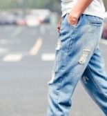 Стильные джинсы для мужчин
