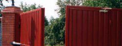 Что нужно знать перед установкой ворот в частном доме?