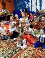 Традиции праздничных концертов перед ветеранами продолжает ансамбль танца «Ровесник»