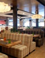 Как выбрать диван для бара или ресторана
