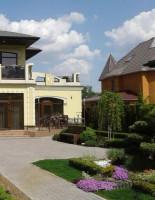 Почему строительство домов под Киевом может быть вам интересно?