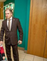 Содействие в решении жилищной проблемы ребенка-инвалида пообещал Михаил Романов