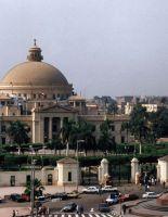 Египетская армия взяла под охрану музей с сокровищами фараонов в Каире