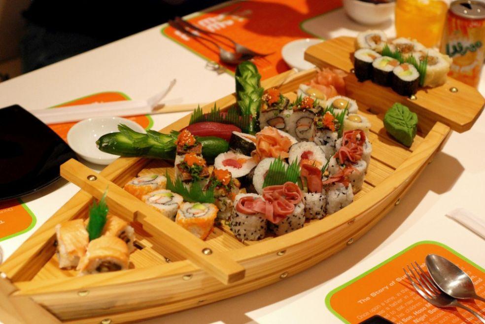 Лодка  суши в Йоши