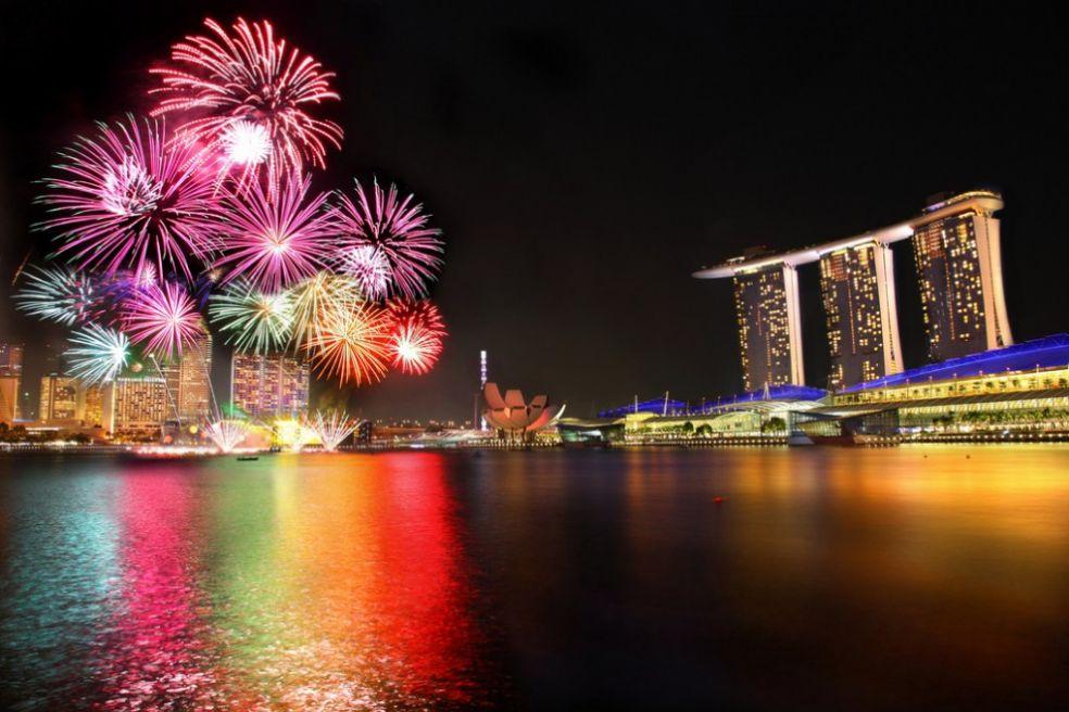 Государственный парад фейерверков в Сингапуре