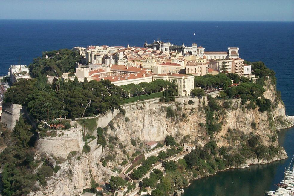 Монако - страна принцев, казино, скорости и моря