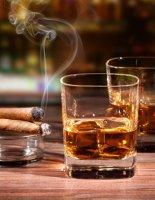 С какими напитками сочетаются сигары